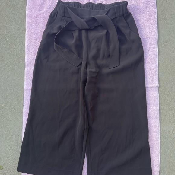 Lululemon Noir Crop Black